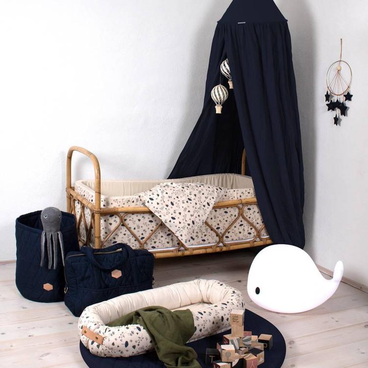 Filibabba, dusty blue sänghimmel med ljusslinga