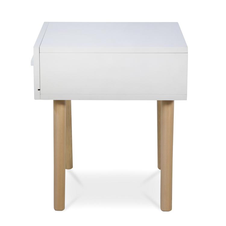 Vit sängbord till barnrummet med förvaringslåda