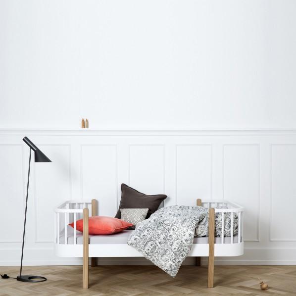 Oliver Furniture, juniorsäng vit/ek