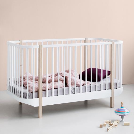 Oliver Furniture, spjälsäng vit/ek