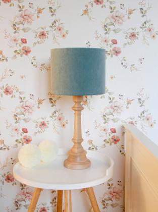 Bordslampa till barnrummet ,mint sammet