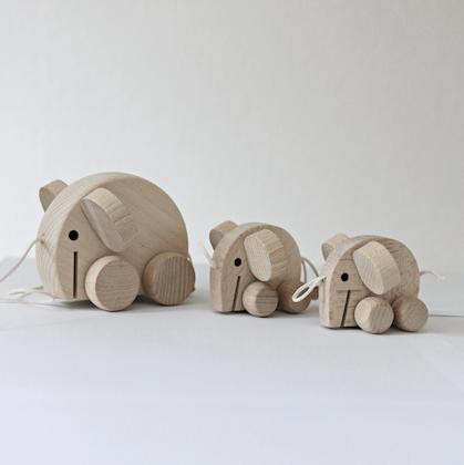 Elefanter dragleksak träleksak, Ella & Frederik