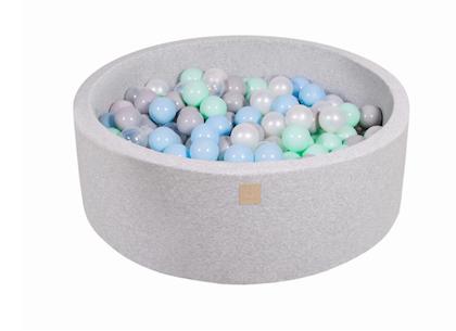 Meow, ljusgrå bollhav med 200 valfria bollar