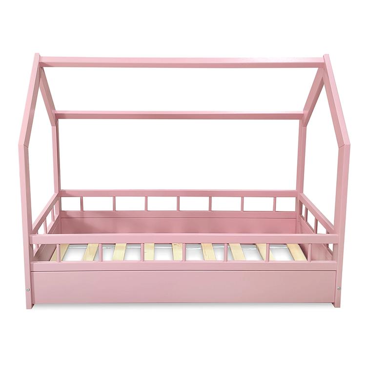 Rosa hussäng med skydd till barnrummet