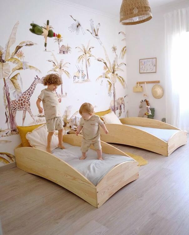 Säng till barnrummet BOX6