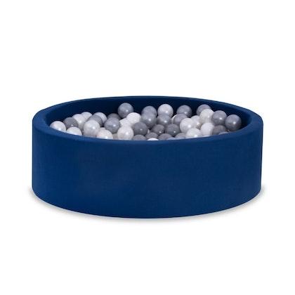 Mörkblå bollhav BASIC, 90x30 med bollar (vit, pearl, grå, silver)