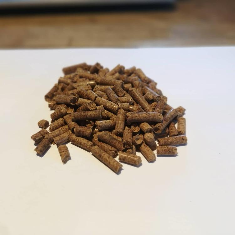 Almond Pellets 10 kg