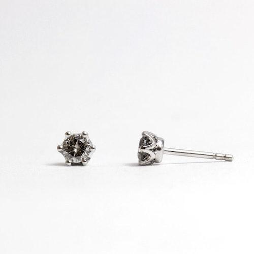 Studs örhängen, Salt and pepper diamant