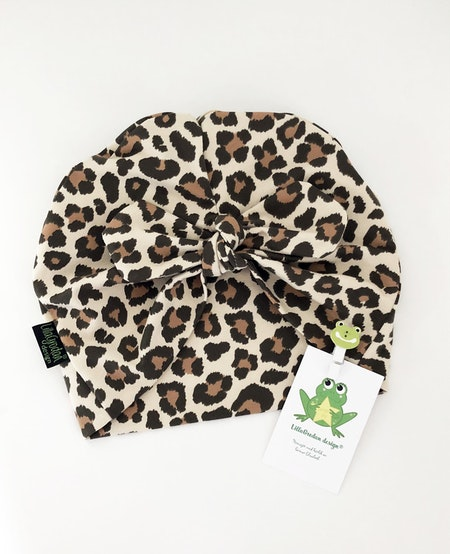 Turbanmössa med rosett - tyg Leopard Beige/Brun