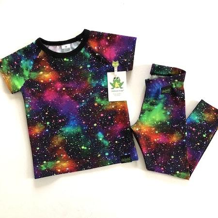 Tshirt och leggings - tyg Rymdexplosion Neon, ökotex. Muddning Svart