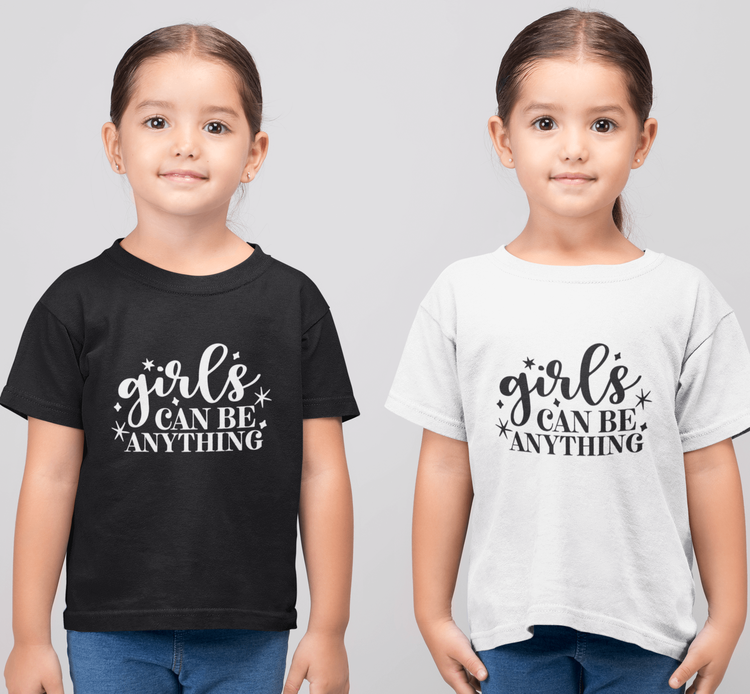 T-shirt med tryck - Girls can do anything