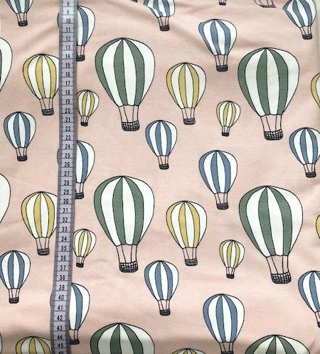tyg Luftballonger Puderrosa - ekologisk GOTS-trikå
