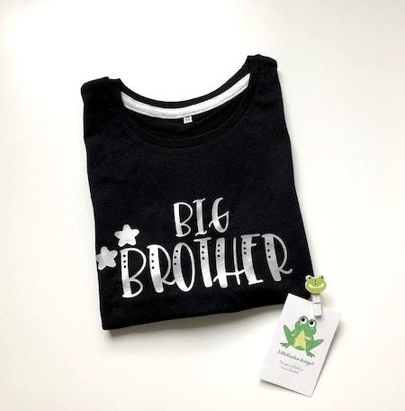 Tshirt Big Brother i silvervinyl, strl 3-4 år - Leveransklart