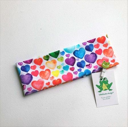 Pannband Hjärtan Regnbågsfärg #P597 - Leveransklart
