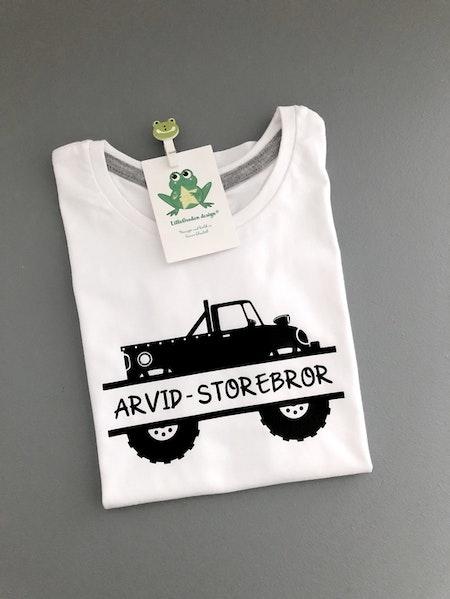 T-shirt Monogram vit, motiv 4, svart, namn i stil 4, svart