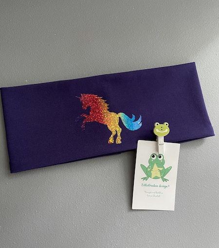 Pannband Mörklila, motiv 2, regnbågsvinyl