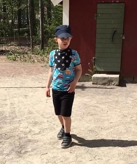 Dregglis Maxi - Barnstorlek, livebild (barnet på bilden är 7 år)