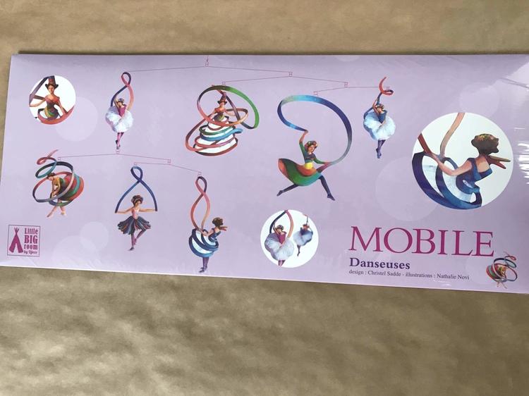 Vacker mobil med dansare (Mobile, Dancers) från Djeco
