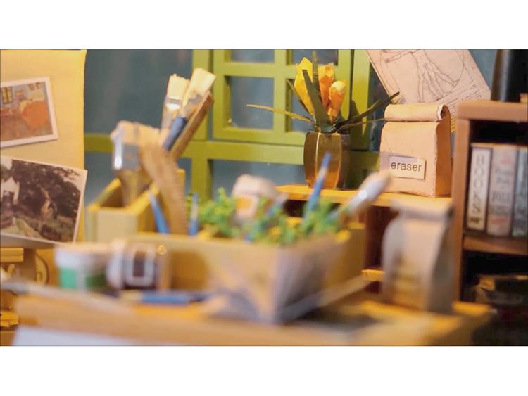 Byggsats - Pyssla ihop din egen målarateljé