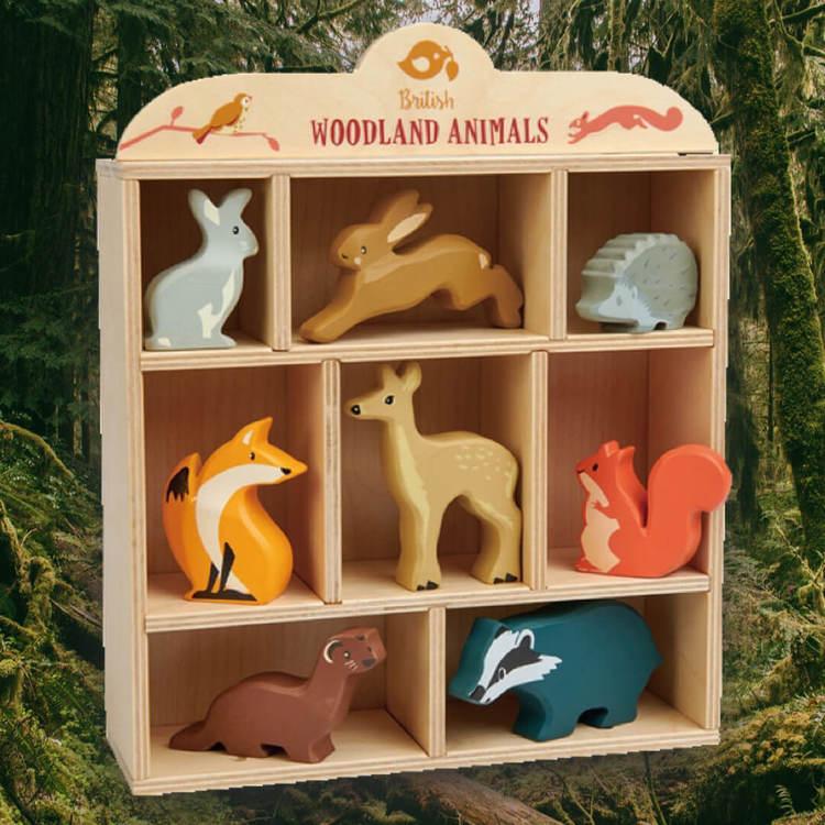 Skogens vackra djur i trä från Tender Leaf Toys