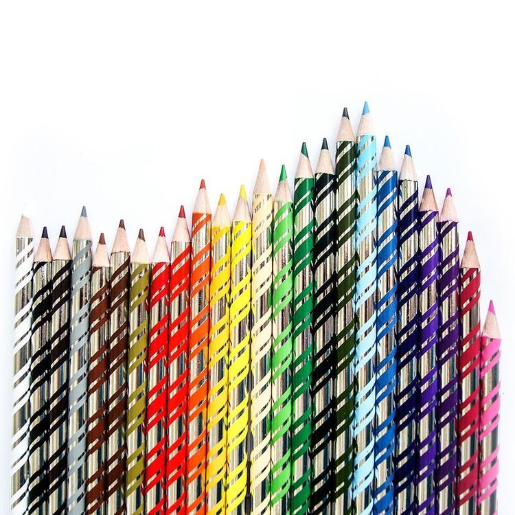 Vackra pennor, 24 stycken (fåglar) från EeBoo