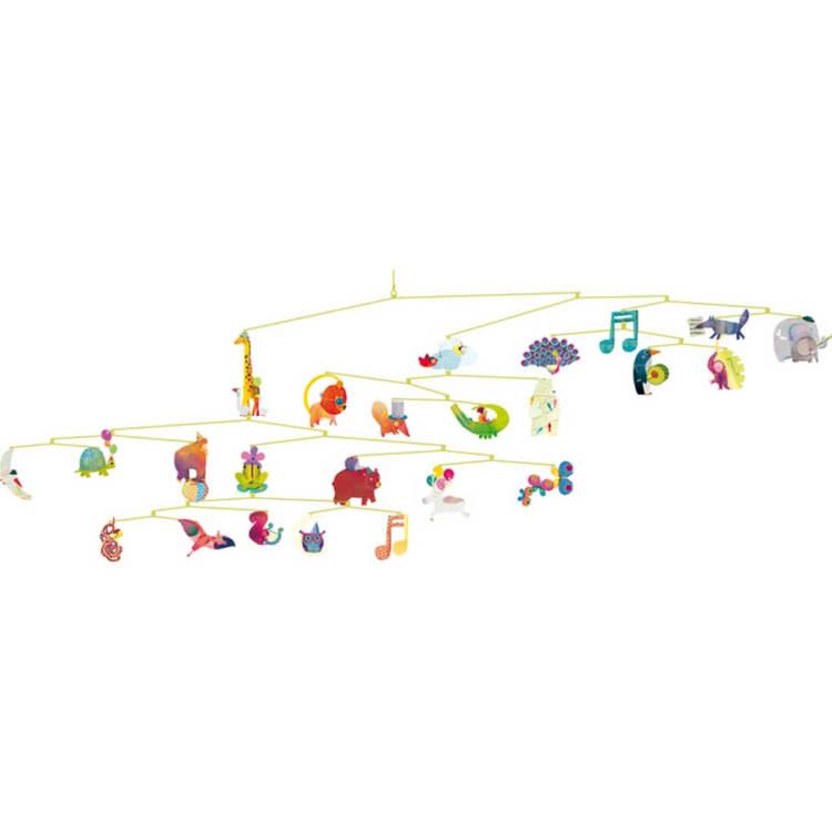 Mobil med djurparad (Carneval of animals) från Djeco till barnrum