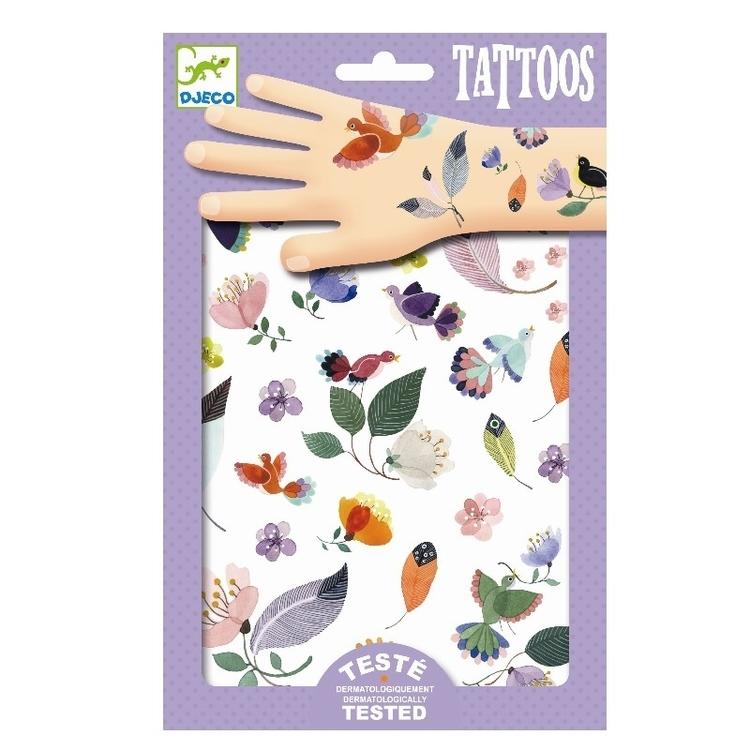Vackra tatueringar med svävande ting från Djeco