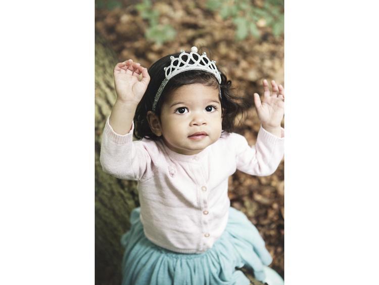 En krona för barn  - Tiara som hårband