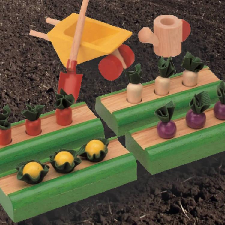 Sköt om dina planteringar från PlanToys