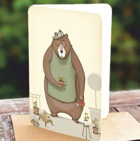 Kort med kuvert - Planterande björn (Fraktfritt)