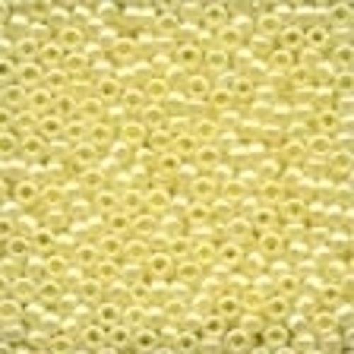 Seed Beads 02002 Yellow Creme