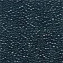 Petit Glass Beads 42014 Black