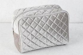 Necessär - Quilted Sammy - Silver Grey - L