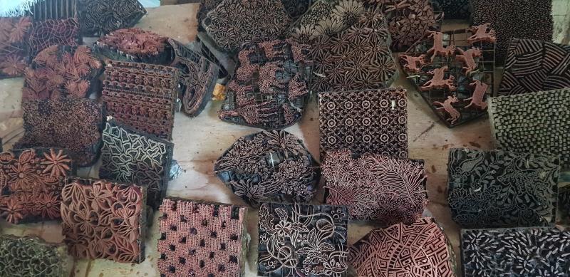 Bilder batiktillverkning  Bali 2019