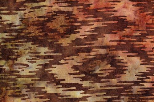 Mörkbrun med ljusbrunt och grönt tryck