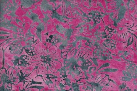 Grått tryck på rosa botten. Viskos. 130 cm bred