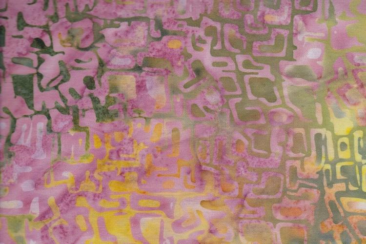 Gulgrönrosa med tryck