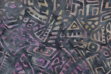 Flerfärgat tryck, svart botten