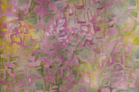 """Labyrint"" tryck i mustiga gul-rosa-orange-gröna fäger"