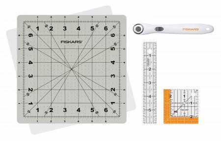 Liten roterande matta, 7*7 inch, linjaler 1*6 inch & 2,5*2,5 inch plus en liten, roterande skärkniv 18 mm, Fiskars