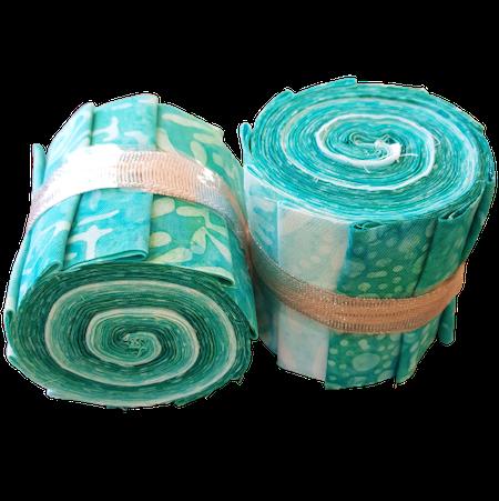 """""""Aquarius Green"""". Batikrulle med 10 st 2,5 inch remsor i grönturkosa färger"""
