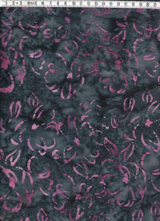 Mörkgråmelerad med rosalila mönster. Balibatik