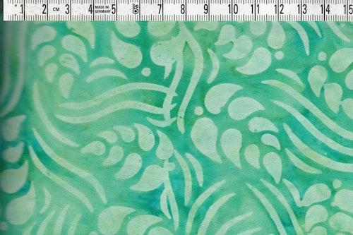 Sköna gröna färger. Äkta balibatik i bomull. 110 cm brett