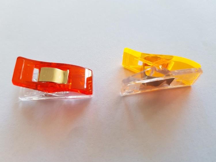 Clips. 20 st 65 kr. Förpackning med blandade färger.