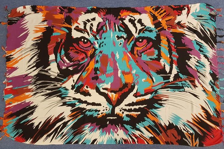 Sarong screentryckt med tiger.  Mjuk tunn viskos