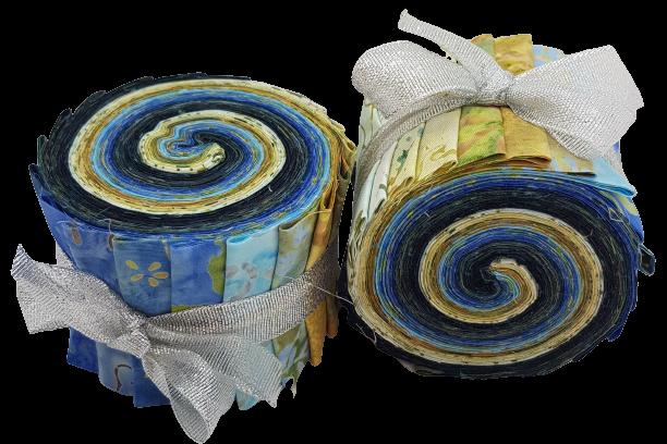 """""""Moody Blue"""". Batikrulle med 20 st 2,5 inch remsor i blå & beige färger"""