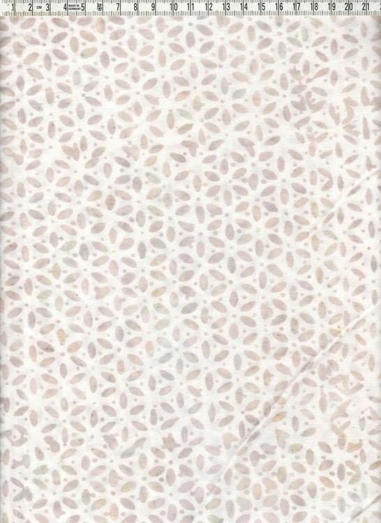 Gråbeige tryck på vit botten. bredd 120 cm