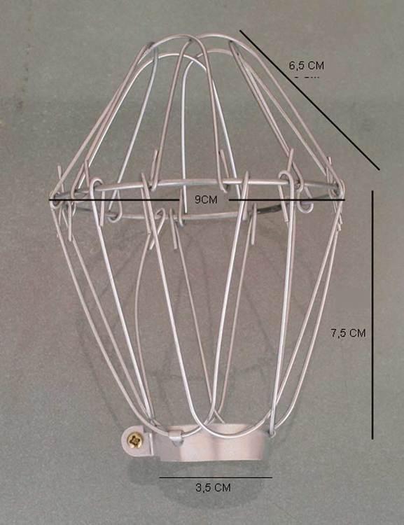 Lampa i makramé av återvunnet papper