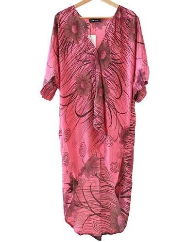 Kimono hi lo rosa återvunna sari
