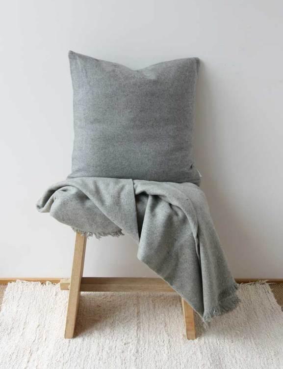 Kuddfodral återvunnen ull, grå
